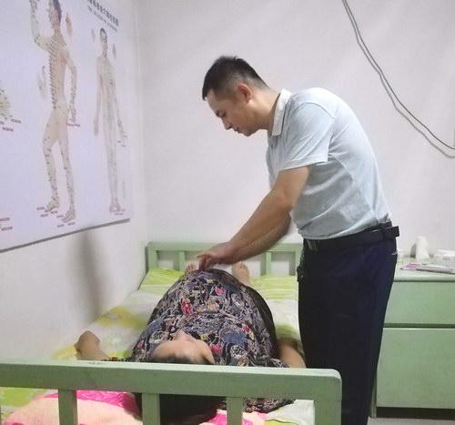 五绝指针疗法能给孕妇排结石